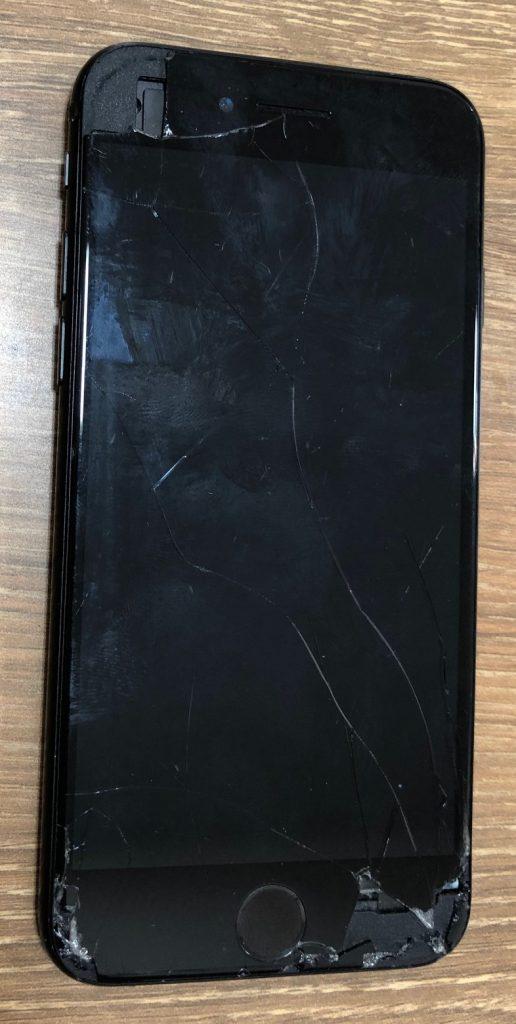 iPhone7のガラス割れはテレスマで即日修理!